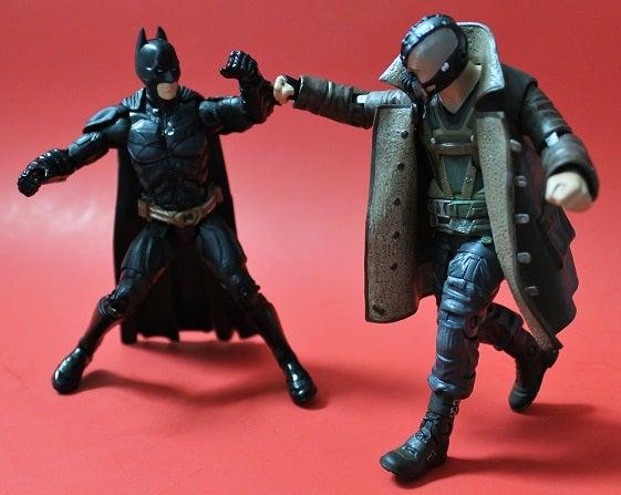 dark-knight-rises-batman-bane-toys