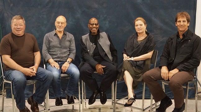Star Trek Captains Make History at Philadelphia Comic-Con