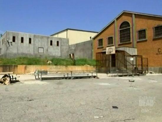 Walking Dead 3 Prison
