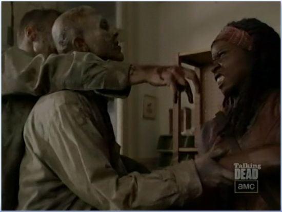 Walking Dead Season 3 Michonne Battles Zombies