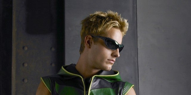 justin-hartley-green-arrow-smallville