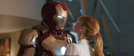 Iron Man 3 Iron Man & Pepper Potts