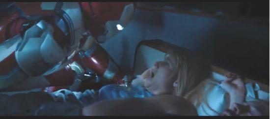 Iron Man attacks Pepper Potts