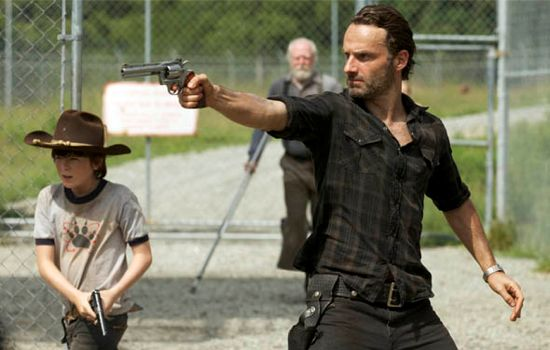 the-walking-dead-when-the-dead-come-knocking-photo