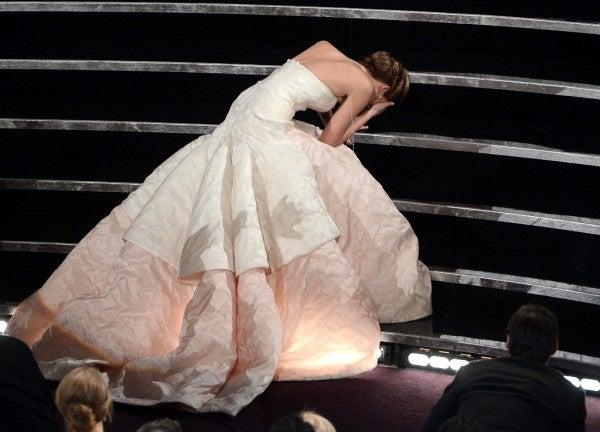 Jennifer Lawrence Wins, Trips, Falls, Tests Ben Affleck's Oscar Theory
