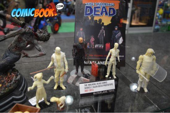 walking-dead-comic-series-2-prototypes-2