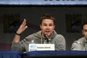 ARROW star Stephen Amell addresses a fan's question at the show's WonderCon panel session on Sunday, March 31. ARROW airs Wednesdays at 8/7c on The CW. (©2013 Warner Bros. Entertainment, Inc. All Rights Reserved.)