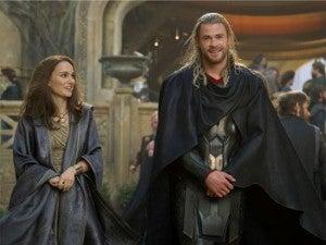 Thor The Dark World Jane and Thor