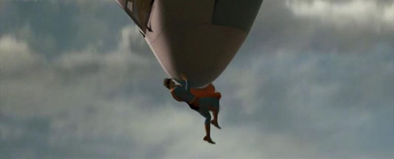 800px-Superman_catching_plane