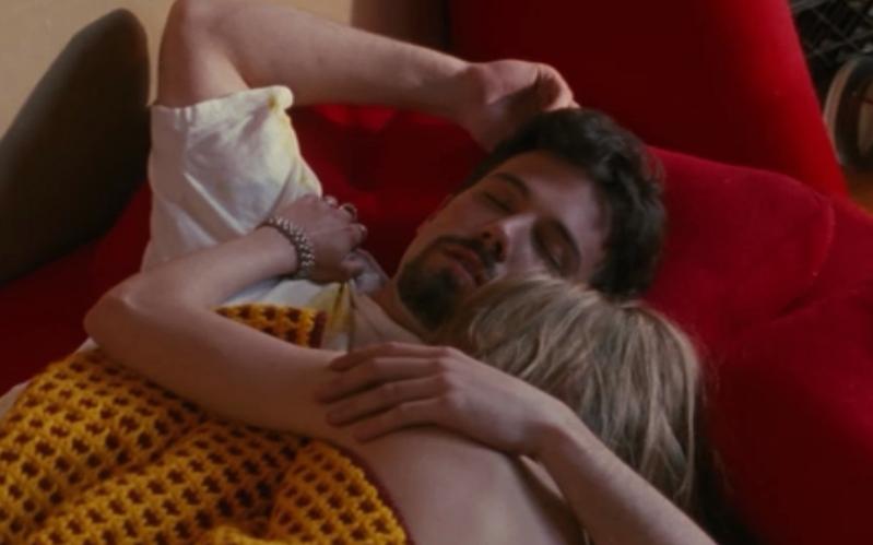 affleck-and-joey-lauren-adams-in-bed