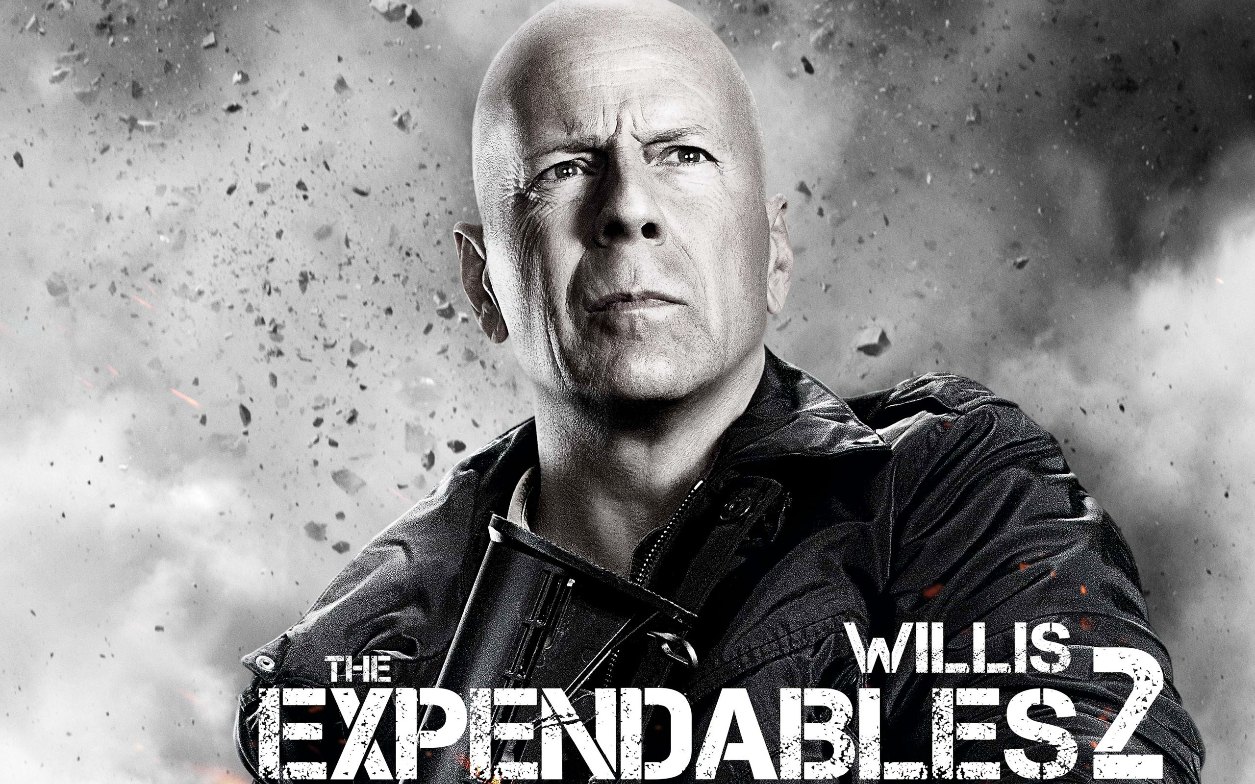 bruce_willis_in_expendables_2-wide