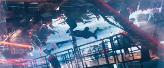 Star Wars R2-D2 Cameo In Star Trek Into Darkness