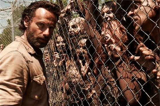 The Walking Dead Is Hurting Society & Zombies Aren\'t Real ...