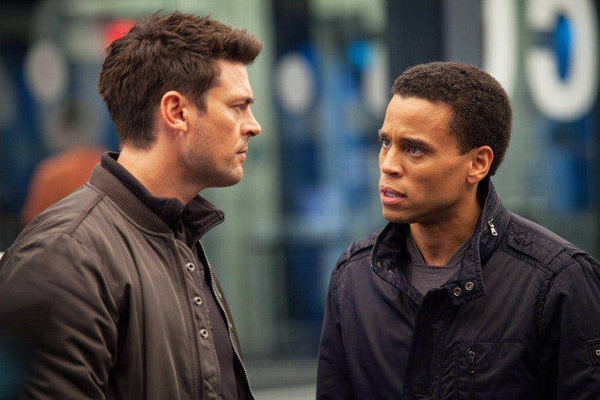 Almost Human: Karl Urban's New Futuristic Cop Drama Gets 8-Minute Preview