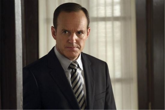agents-of-shield-girl-in-the-flower-dress-coulson
