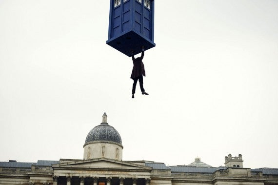doctor-who-day-of-the-doctor-tardis-hang-570x379