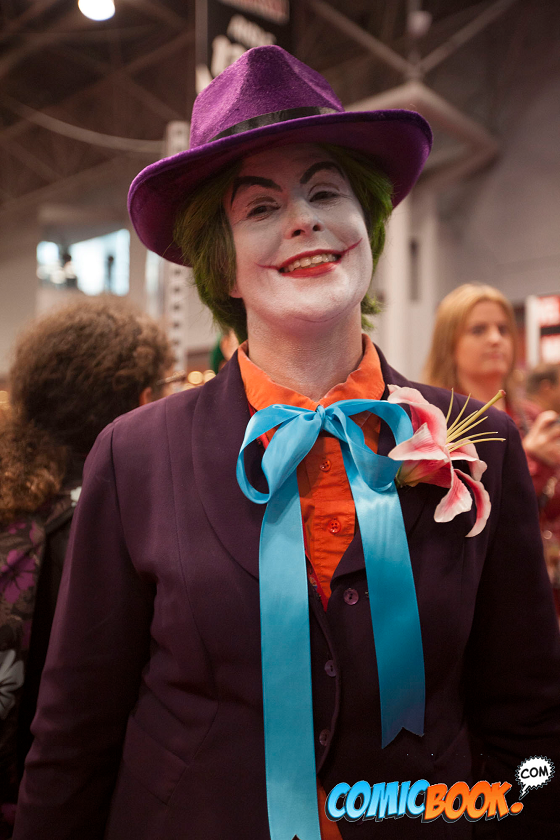 nycc-cosplay-burton-joker-closeup