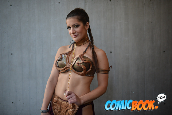 nycc-cosplay-slave-leia