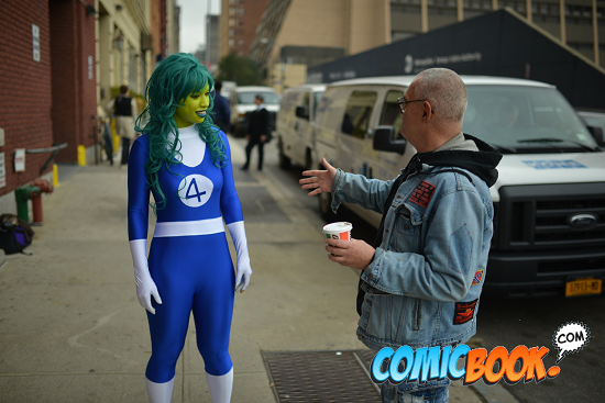 she-hulk-on-the-street