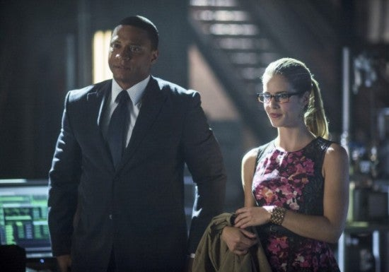 arrow-preview-photos-oliver-and-black-canary-vs-the-league-of-assassins6
