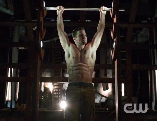 Arrow-Stephen-Amell-Shirtless