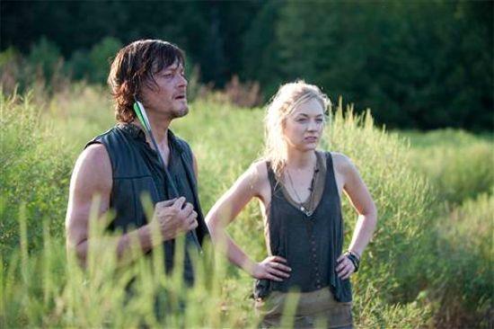 The Walking Dead S Norman Reedus Emily Kinney Break Twitter The official norman reedus facebook page. norman reedus emily kinney break