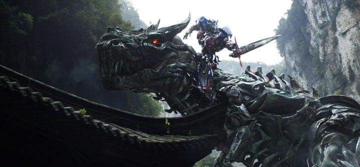 transformers-age-of-extinction-optimus-prime-riding-grimlock