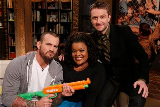 CM Punk & Yvette Nicole Brown Talking Dead