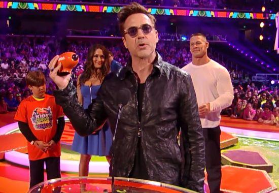Iron Man 3's Robert Downey Jr  Wins Kids' Choice Award