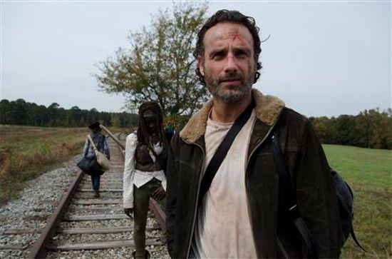 The Walking Dead Season 4 Finale who dies