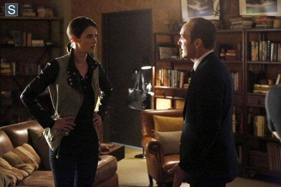 Agents-of-SHIELD-Nothing-Personal-010