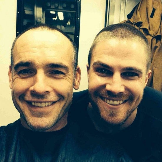 arrow-stephen-amell-wrapped