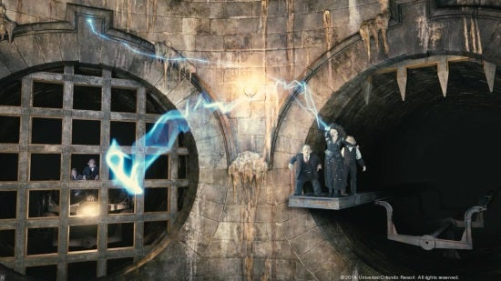 bellatrix-on-escape-from-gringotts